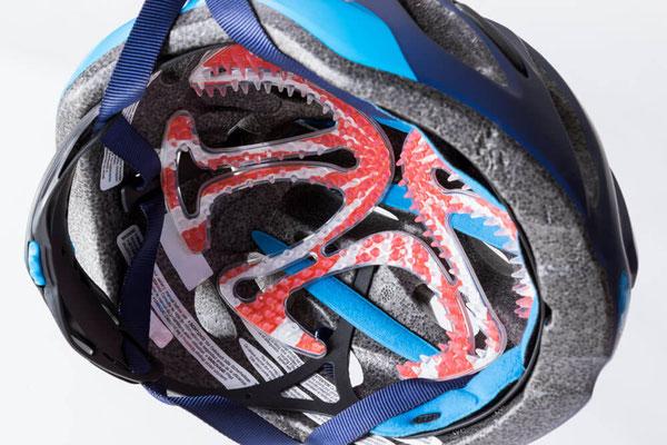 自転車用ヘルメット装着例
