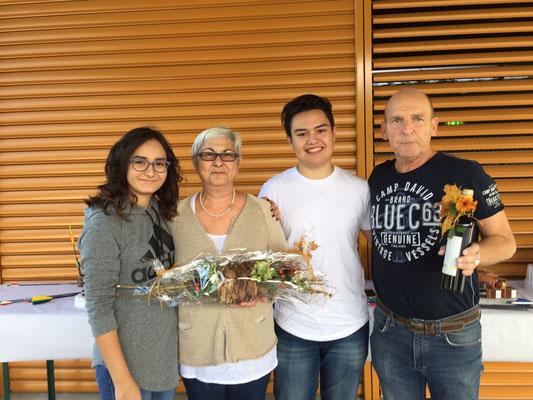 Mit Silvia und Ruedi Schlegel, die Initianten vom 100er Club.