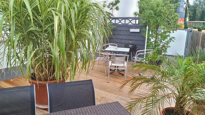 Gemütlicher Terrassen-Bereich Ferienwohnung Freiburg mit Grill