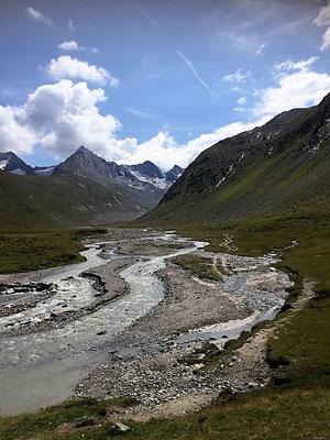 Romantischer Bergfluss, Sölden/Foto Lucia Moulin-Gallego