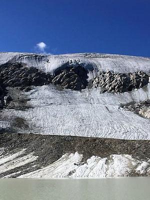 Am Gletscher oben, Sölden/Foto Lucia Moulin-Gallego