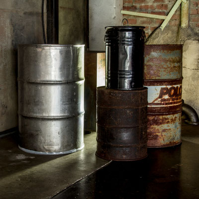 ドラム缶類