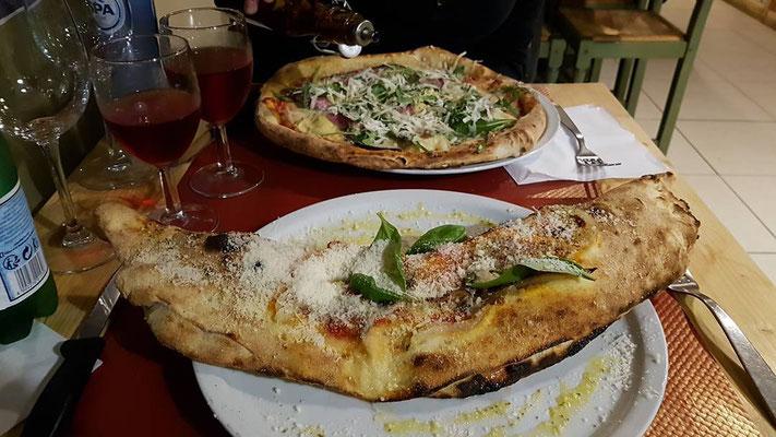 Pizza Calzone tradizionale, la bottega della pizza casteau, mons, nimy, shape, soignies