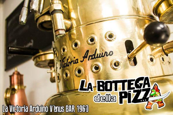 Machine à caffé espresso italienne Victoria arduino Venus bar, la bottega della pizza casteau, soignies, maisières, nimy, hainaut, belgique