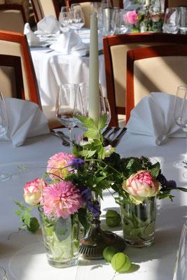 Tischdeko/Hochzeit - Trendfloristik von BlumenART-Caputh