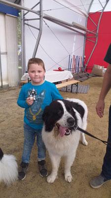 auch die Kinder hatten ihren Spaß im Ring beim Kinderhandling, Bryce mit Lennardt
