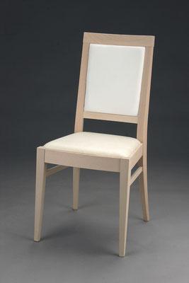 Stuhl Modell HC 100 in Buche! Maße 49 cm tief, 45 cm breit, 97 cm hoch, 49 cm Sitzhöhe