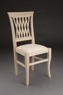 Stuhl Modell HC 539 in Buche! Maße 46 cm tief, 44 cm breit, 96 cm hoch, 49 cm Sitzhöhe