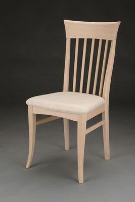 Stuhl Modell HC 160 in Buche! Maße 56 cm tief, 45 cm breit, 98 cm hoch, 51 cm Sitzhöhe
