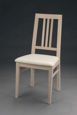 Stuhl Modell HC 043 in Buche! Maße: 49 cm tief, 45 cm breit, 97 cm hoch, 49 cm Sitzhöhe