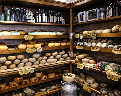 Pecorino Cheese - Little shop in Pienza, Italy