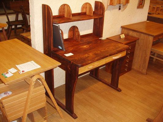 琉球松の学習机