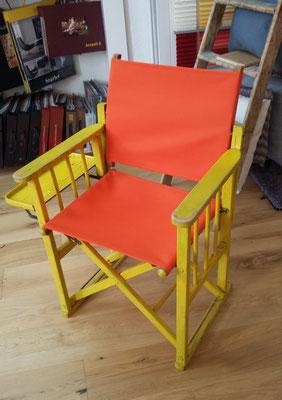Neuer Stoff, alter Stuhl