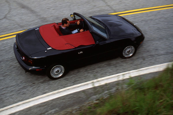 Eunos Roadster S-limited 1992 - Crédit photo : Mazda