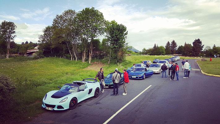 Rallye des Volcans 2018. À l'entrée du circuit de Charade.