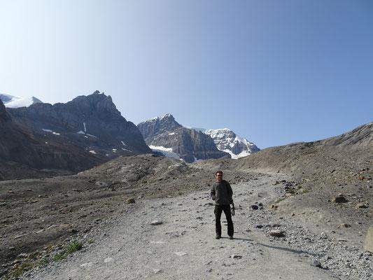 Bis hier hin ging der Gletscher 1988 !!