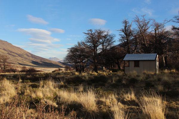 Unsere gemütliche Hütte im Perito Moreno Nationalpark von außen