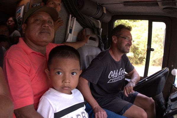 Mit Micha sind es dann auch auf dem Beifahrersitz 3 Mann