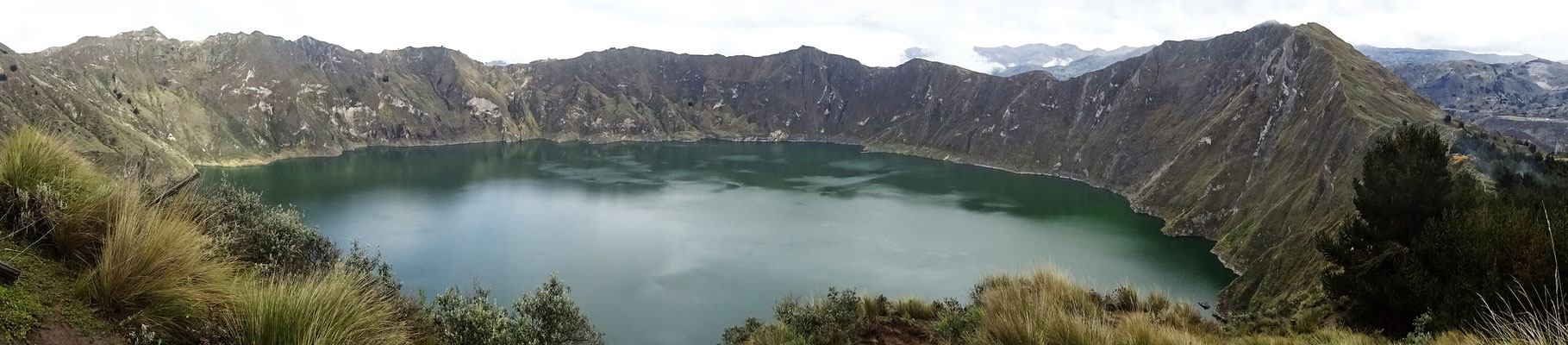 Laguna Quilotoa - den Anblick kann man nur als Panoramafoto festhalten