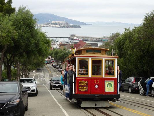 Alles Wichtige in einem Bild: Cablecar, Alcatraz, Fishermans Wharf