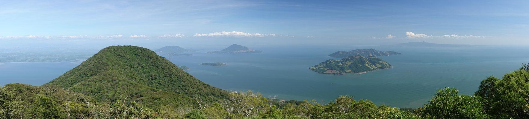 Aussicht vom Conchagua über die Vulkaninseln nach Honduras