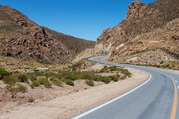 Anfahrt zur Passhöhe und zur argentinischen Grenze