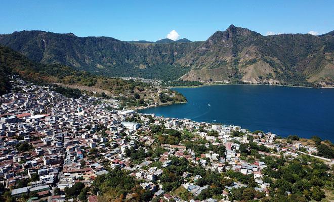 Endlich in Sicht: Lago Atitlan