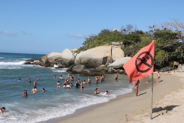 """Warum hängt hier eigentlich eine """"Baden verboten""""-Fahne?"""