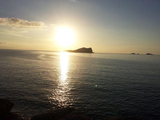 Cala d' Hort Sonnenuntergang