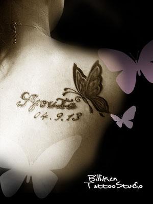 蝶とネーム