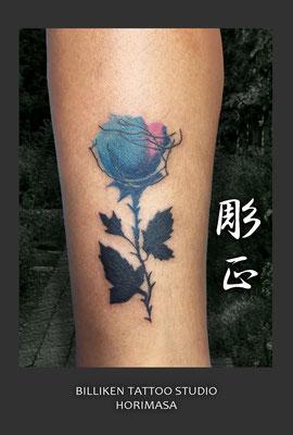 薔薇のタトゥー (お客様持込デザイン)