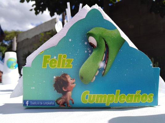 Foto enviada por Cristina - Argentina- Un Gran Dinosaurio