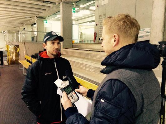 Urs Sahli @ SCB TV Interview Lars Leuenberger