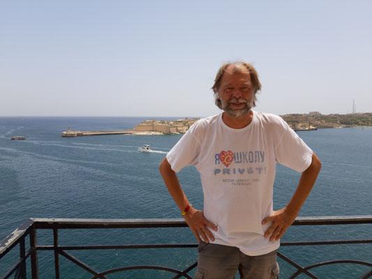 Vor der Hafeneinfahrt Valletta