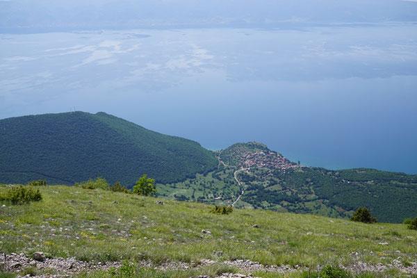 Im Galicica-Nationalpark, Blick auf den Ohrid-See