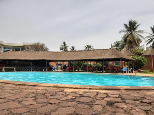 Pool im Hotel Mande