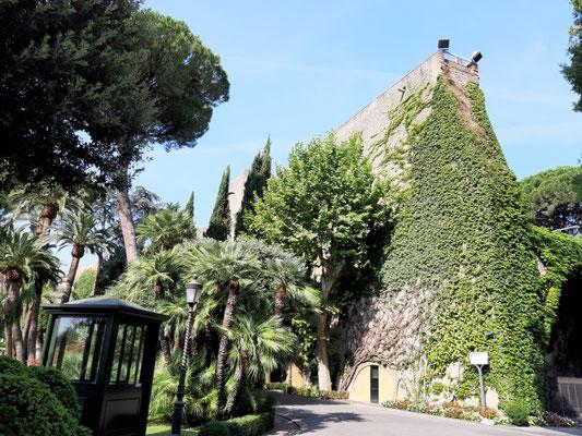 Innerhalb der Mauern des Vatikans