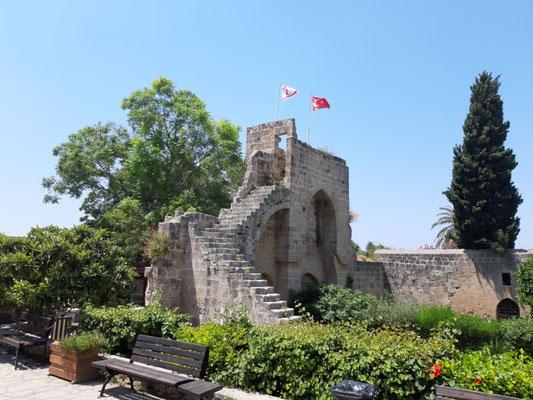 Teil der Abtei von  Bellapaix (Beylerbeyi)