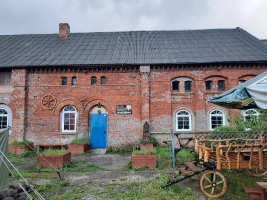 Ehemaliger Pferdestall vom Schloss Friedrichstein, jetzt Café