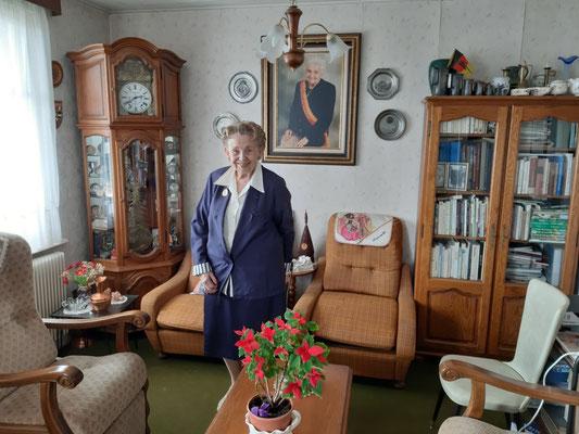im Wohnzimmer der Präsidentin