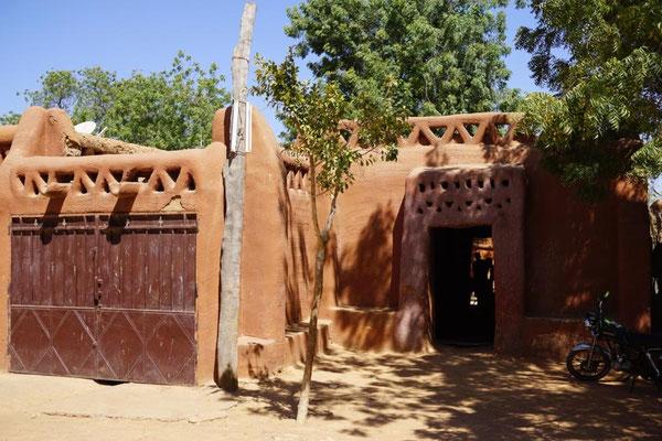 das Haus des Dorf-Chefs