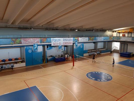 In der Volleyballhalle