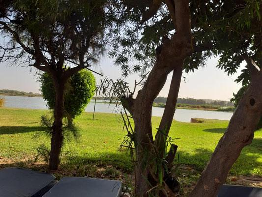 zwischen Niger und Pool im Hotel Mande