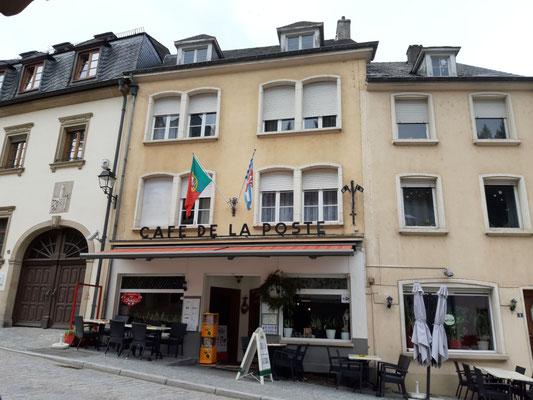 eines von vielen Cafés in Vianden