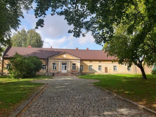 Das Gutshaus derer von Schön, Rodniki (Arnau)