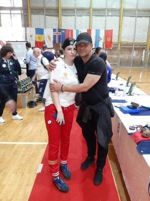 Silbermedaillengewinnerin im Schießen Jelena Pantovic mit Papa