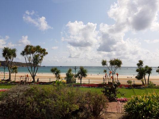 Am Strand von St. Brelade
