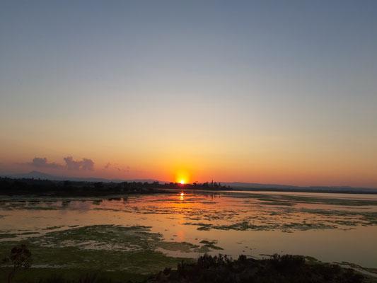 Sonnenuntergang am Salzsee bei Larnaca