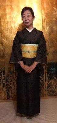 清子さんは麻実さんが結びました。