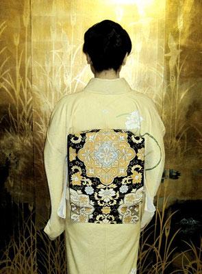 都錦金襴袋帯
